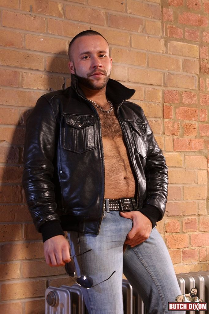 pics of chubby nude male cops