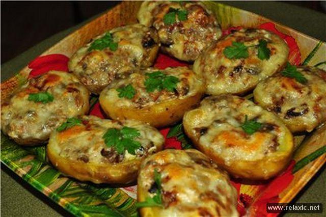 Фаршированная картошка с грибами и сыром