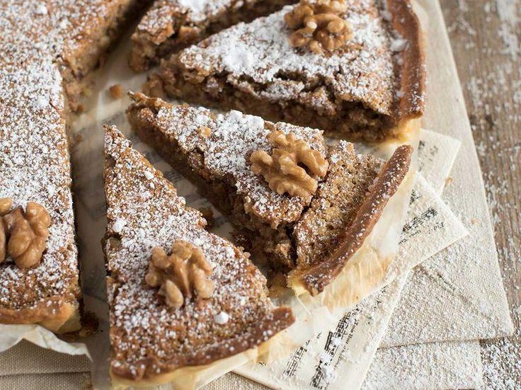 Avec les lectrices reporter de Femme Actuelle, découvrez les recettes de cuisine des internautes : Gâteau aux noix