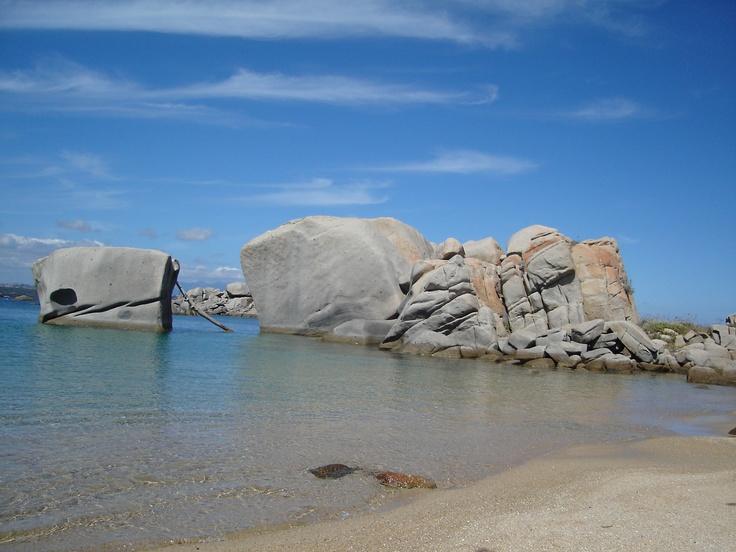 Les iles Lavezzi entre la Corse et la Sardaigne
