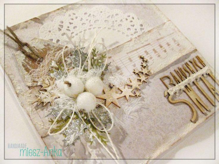 Zaśnieżona kartka świąteczna z gwiazdkami