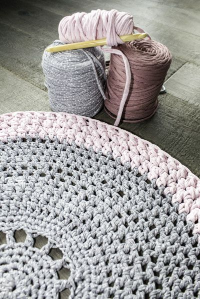 Gorgeous Crochet carpet by my friend Clara #crochet