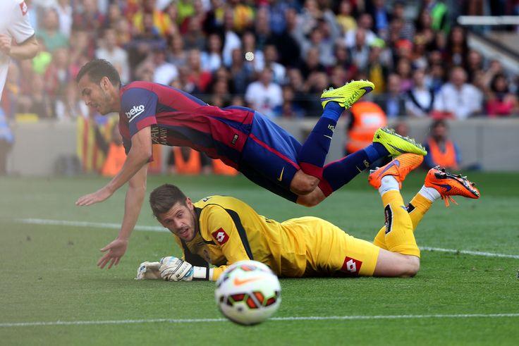 Pedro cae al suelo