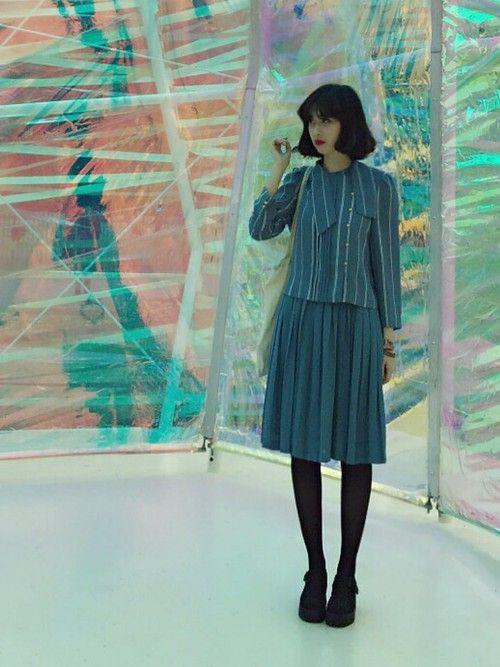 海外ファッションに学ぼう!秋冬のファッション術|MERY [メリー] ヴィンテージスタイルは、さすがのコーディネート。この秋は、クラシックなスタイルもいいかもしれませんね。UK