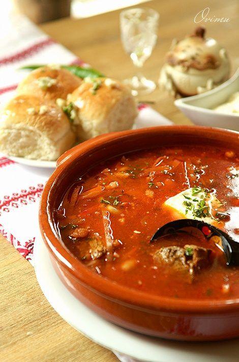 Одно из самых сокровенных блюд украинской кухни — борщ. В Украине насчитывается порядка тридцати видов этого знаменитого блюда. Хотя борщ готовят практически все славянские народы и все же украинский борщ отличается от всех.