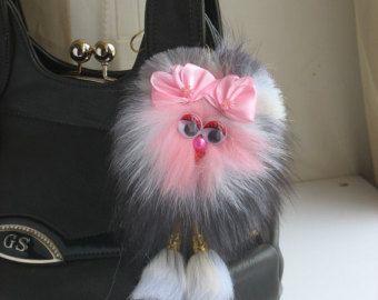 Tas charme bont Pom Pom sleutelhanger bont tas charme bont Gift voor haar Pompom auto accessoire bont Pom Pom Key Chain Pom pom tas charme accessoire charme