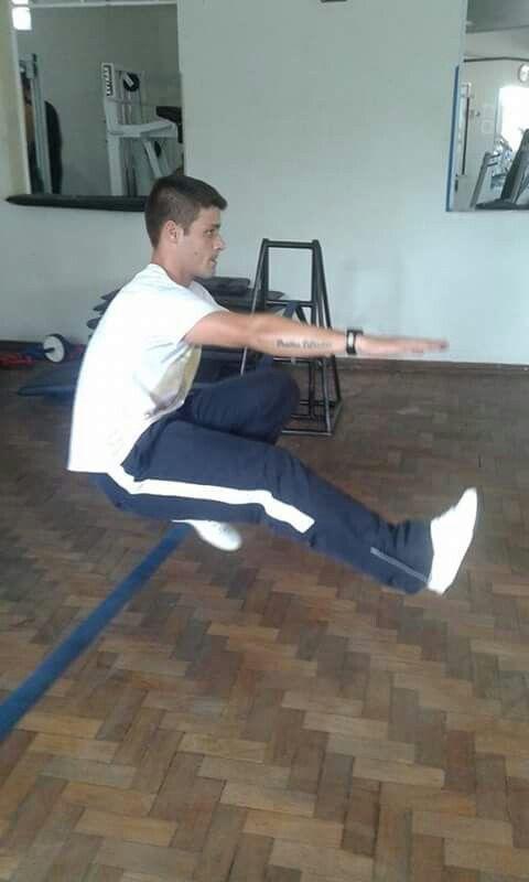 agachamento pistola!!!Slack fitness!!!!