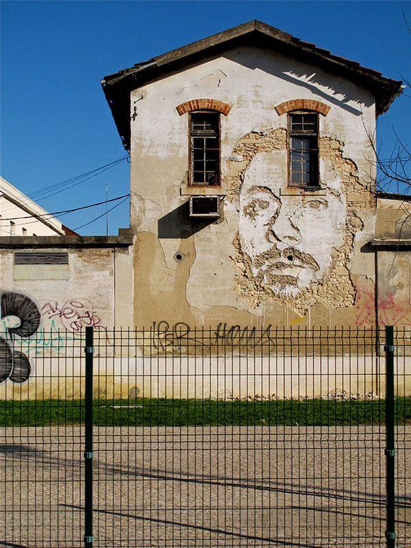 portraits chiseled into walls street art vhils  http://restreet.altervista.org/la-tecnica-esplosiva-di-vhils/