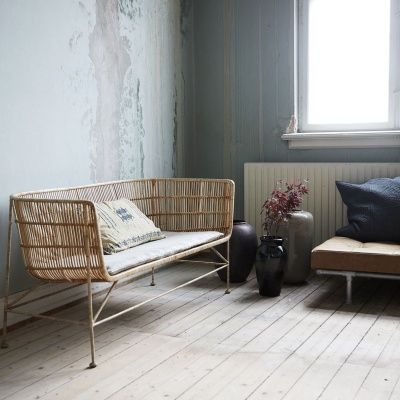 Coon soffa från House Doctor. En speciell soffa som är helt tillverkad av rotting och järn. Detta ge...