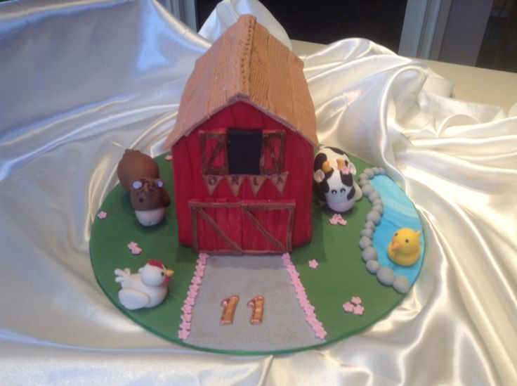 Chocolate barn cake with fondant animals for 11th birthday