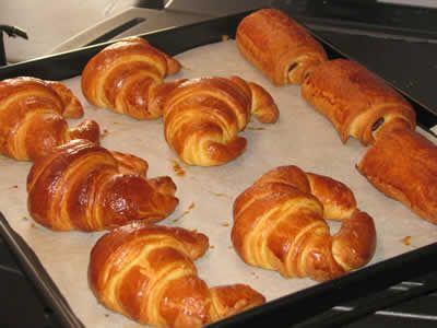 kitchenaid Petits pains chocolat et croissants, une recette facile pour préparer les délices pour votre petits déjeuner, les enfants adorent ces classiques.