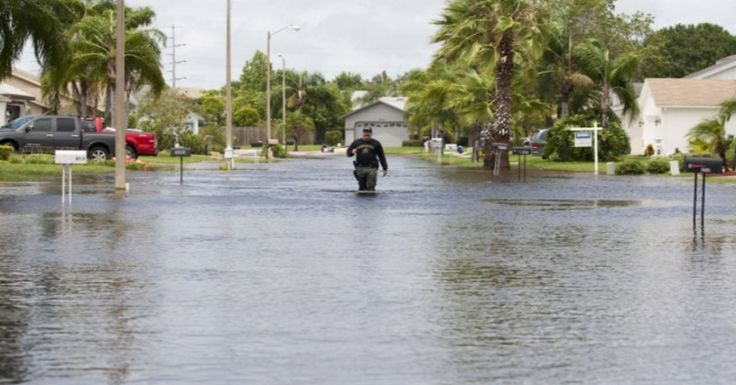 As Florida Sinks, 21 Mayors Beg Debate Moderators to Press Republicans on Climate Change