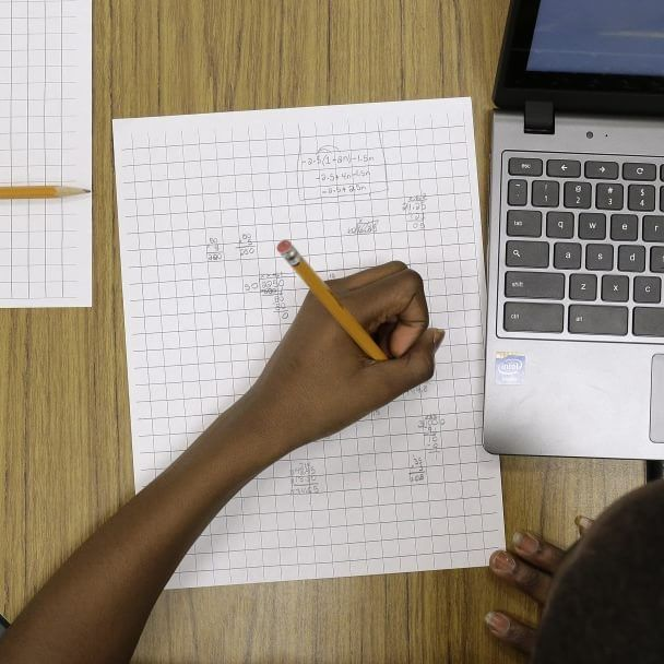 Report: Kids who took Common Core test online scored lower than those who used paper