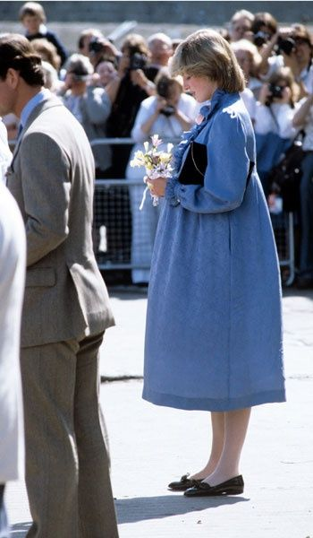 1982-04-22 Diana and Charles on a walkabout as they attend a Duchy of Cornwall luncheon on St Mary's, Scilly Isles