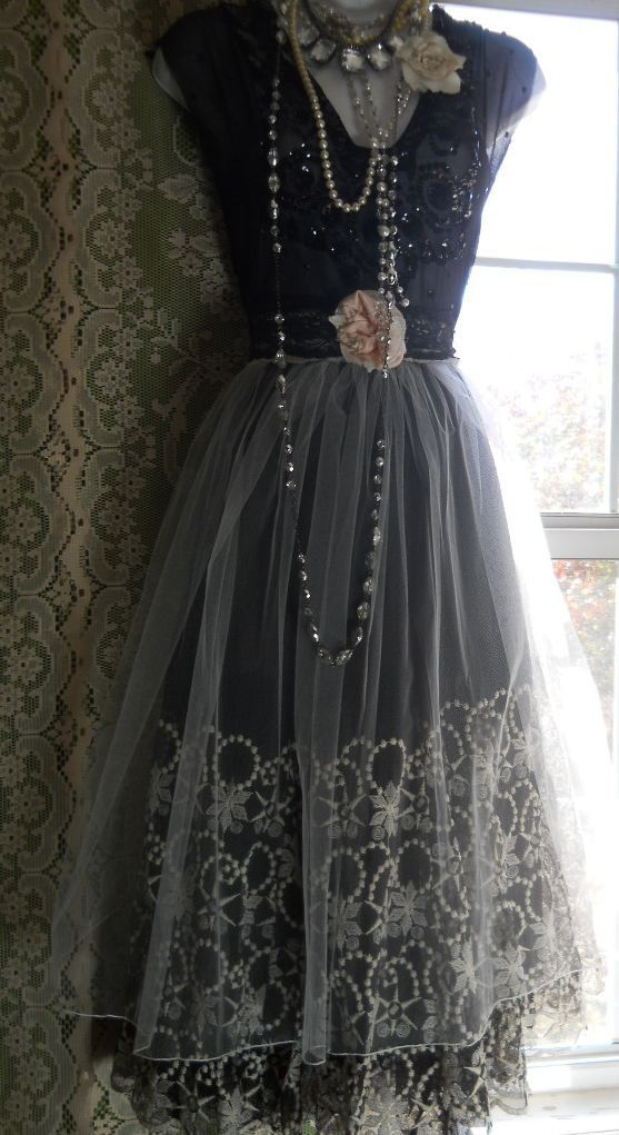 gorgeous vintage grey dress.