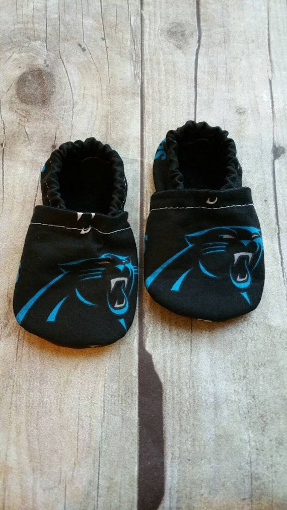Check out this item in my Etsy shop https://www.etsy.com/listing/259068952/carolina-panthers-cloth-baby-booties