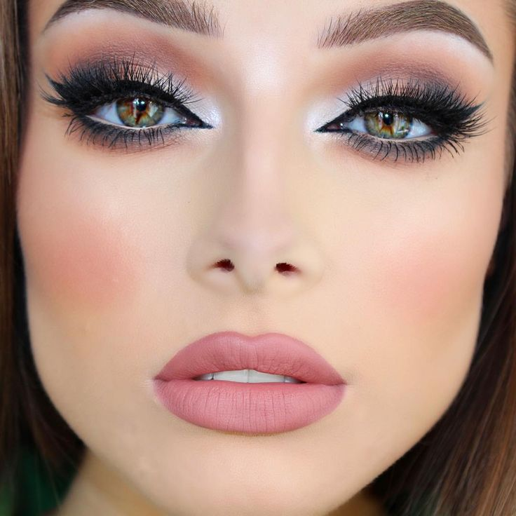Details:  Eyes  - @vegas_nay @eylureofficial lashes in Grand Glamor. @makeupgeekcosmetics…""