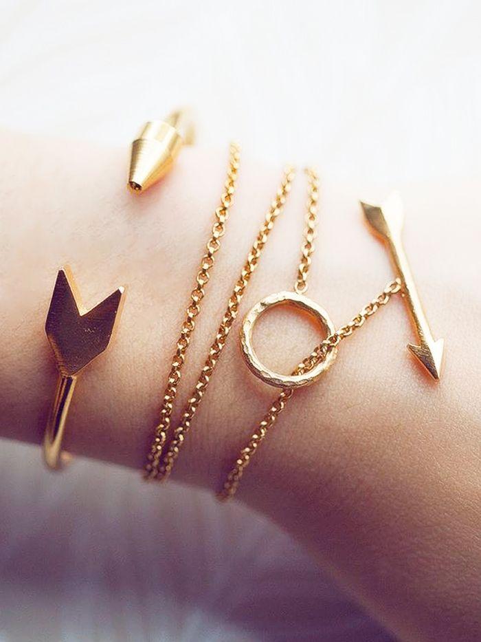 Mini arrow gold bracelets