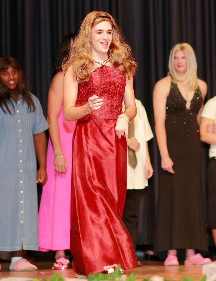 womanless pageant-5