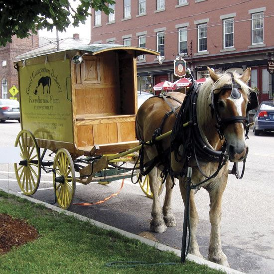 DIY Horse-Drawn Wagon Is a Ready-to-Roll Bakery Cart - DIY - MOTHER EARTH NEWS