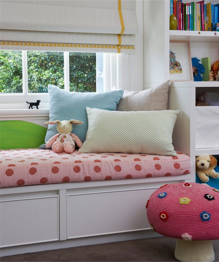 Kids roman blind with buttoned ribbon detail