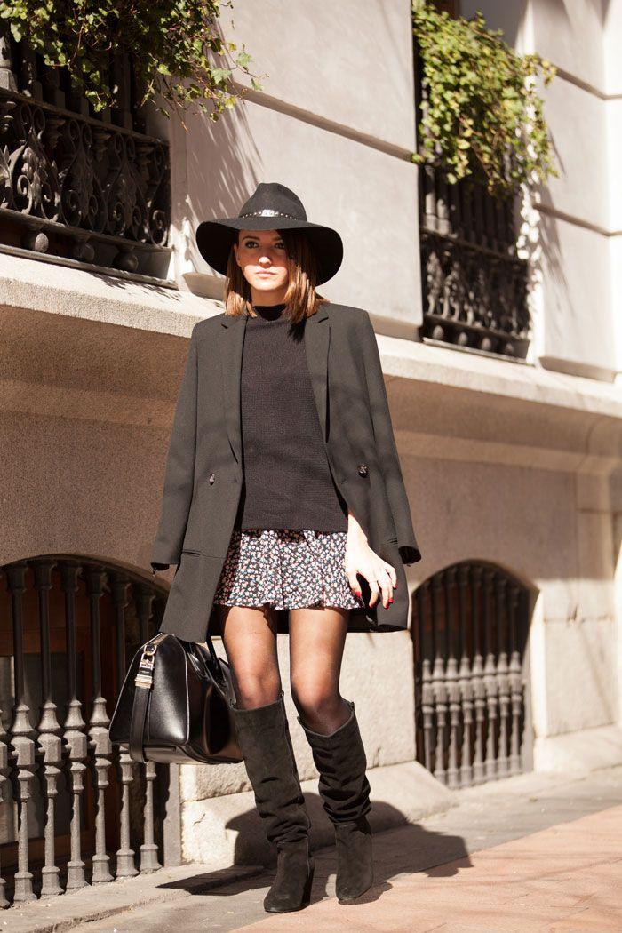 mini skirt x boots (via Bloglovin.com )