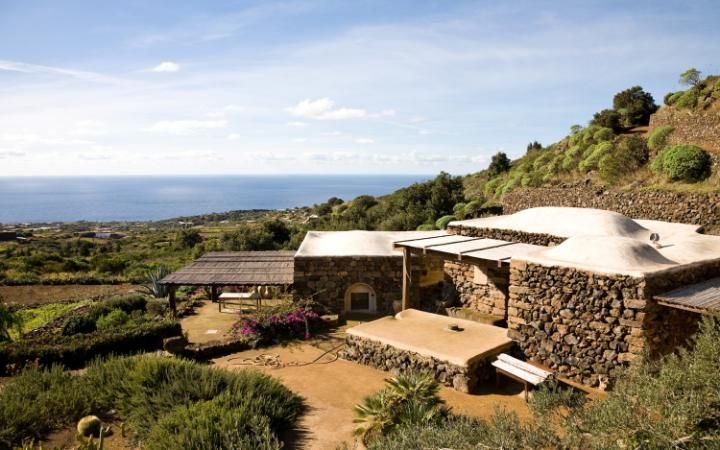 Pantelleria is the hideaway of a few shy celebrities such as Giorgio Armani and Luca Zingarelli