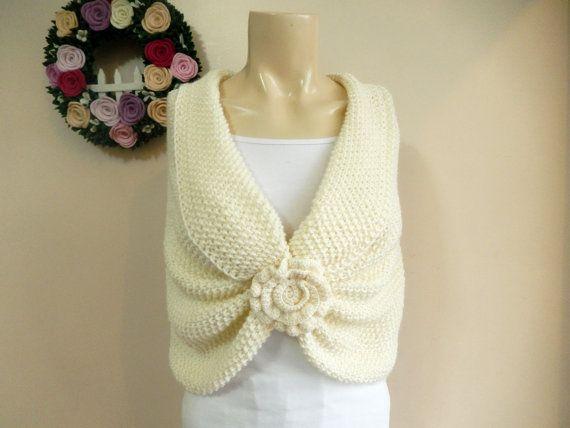 Cream Bridal Capelet / Wedding Wrap Shrug by dreamhouse1 on Etsy