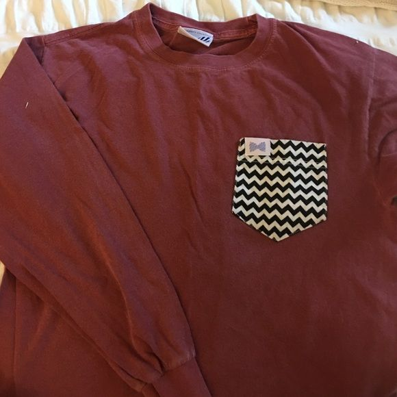 Fraternity Collection Long Sleeve Burgundy frat collection long sleeve t-shirt with chevron black and white pocket. In worn but good condition. Size Small Fraternity Collection Tops Tees - Long Sleeve