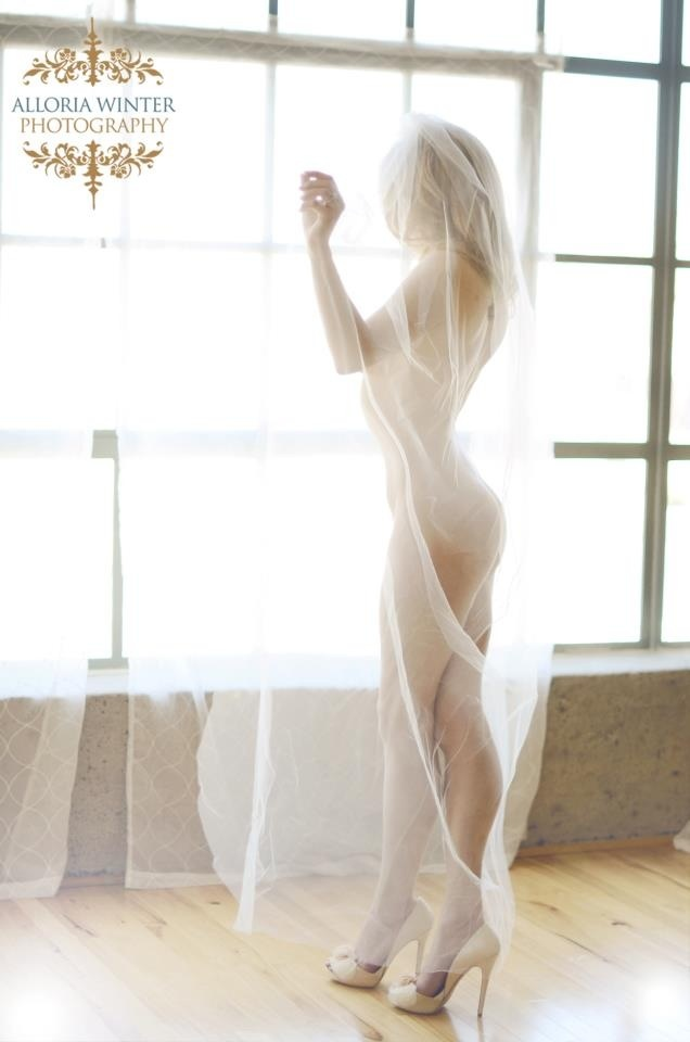 Bridal boudoir- with veil you'll wear at your wedding. Classy but sexy. Awesome grooms gift!