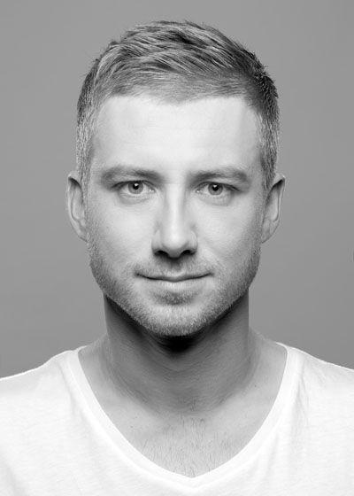 Kurzhaarfrisuren für Männer mit grauen Haaren