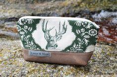 Schminktäschchen aus robuster Wolle und Leder mit Hirsch/ make-up bag with deer, perfect  oktoberfest companion by Loops & More via DaWanda.com