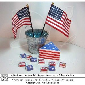 Table top decor ideas for Scouts, Cub Scouts - Court of Honor, Pack Meeting, Den Meetings, do it yourself printable candy bar wrappers and flag theme patriotic triangle boxes perfect for holding pins, awards, notes, candy, nuts, etc.  Designs by Gina Jane, DAISIECOMPANY.com