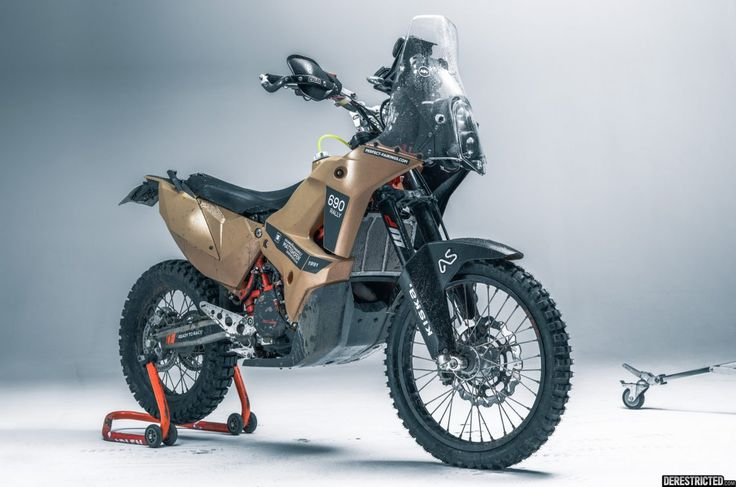 KTM 690 Enduro – Rally Custom from Rafael Gorski | DERESTRICTED