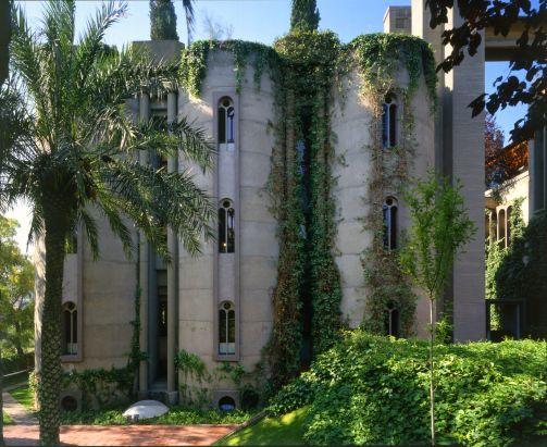 50a47e95b3fc4b263f000014_the-factory-ricardo-bofill_ricardo_bofill_taller_arquitectura_santjustdesvern_barcelona_spain_outdoorspaces_-9-