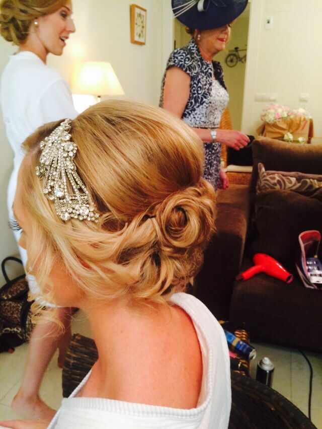 Jo black wedding hair courses.