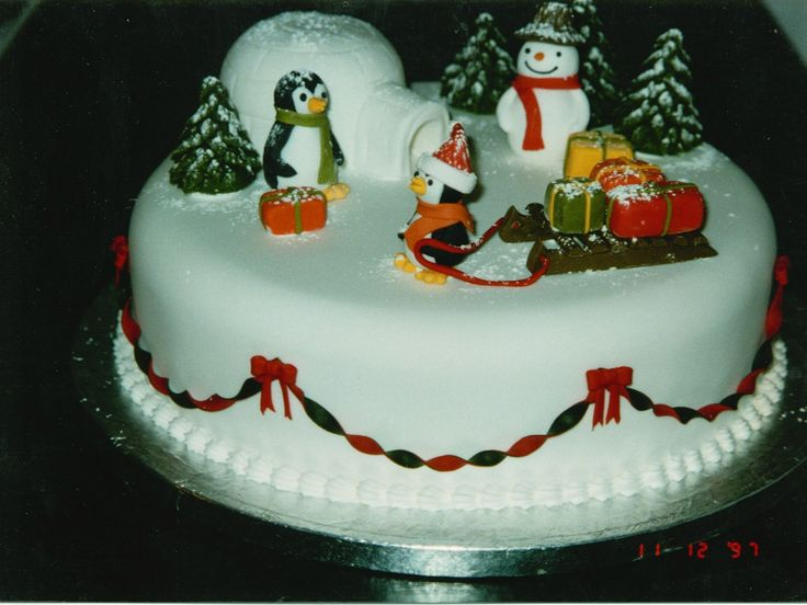 North Pole themed cake