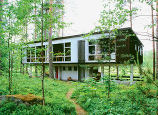 Juhani Pallasmaa and Bertel Saarnio summer home. Common design themes include a focus on recreational comfort and an intimate incorporation of natural surroundings. Many also employ uniquely Finnish cultural features, like the inclusion of traditional saunas.