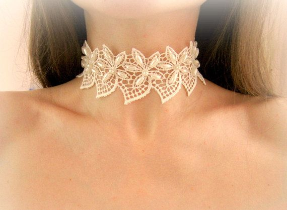 Ivory lace flowers choker white floral lace necklace bridal