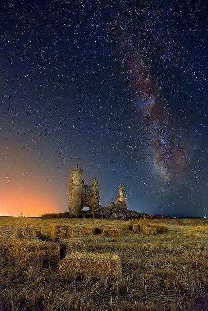 Rural Spain.   B E A U T I F U L  photo !  (Came upon photo thru facebook.)