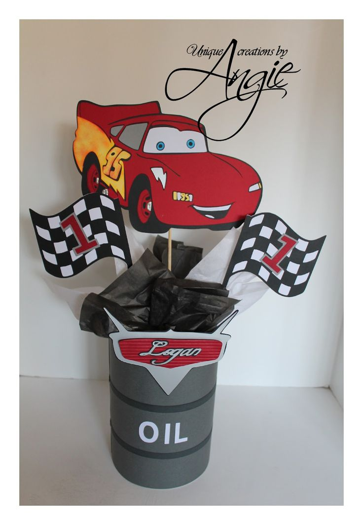 SCRAPPIN MEMORIES: Disney cars centerpieces Like & Repin. Noelito Flow. Noel Music.                                                                                                                                                      Más