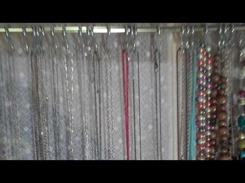 DIY: necklace organization
