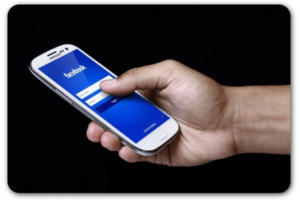 Facebook moves towards anonymity with new app.