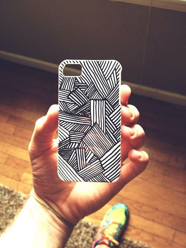 Phone case drawing | Sharpie                                                                                                                                                     Más