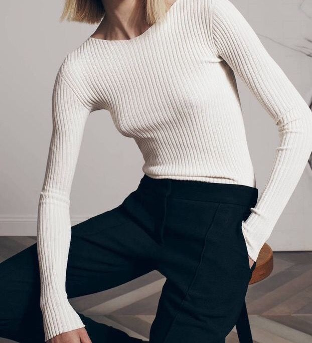 Ribbed longsleeve cream sweater & navy tailored trousers | @styleminimalism