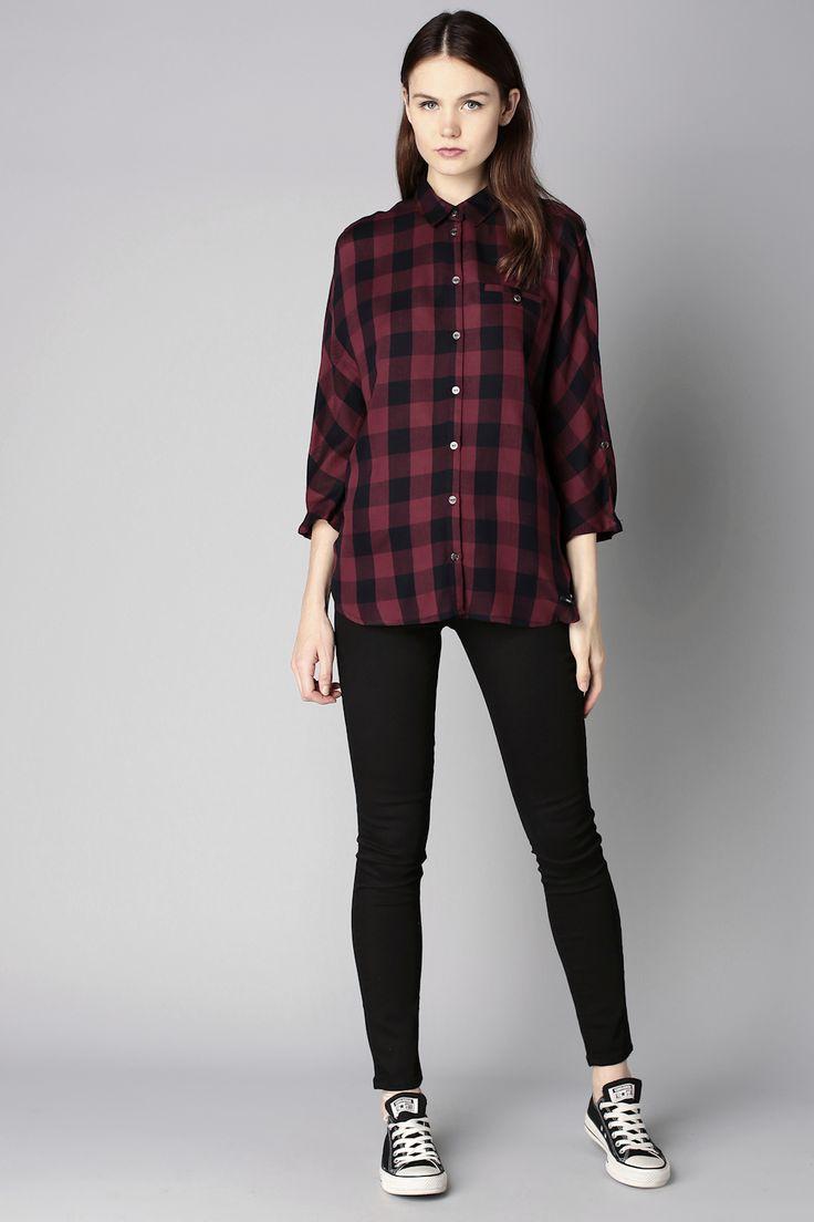 #Look #Outfit : Chemise à carreaux bordeaux + jean slim noir + Converse noires