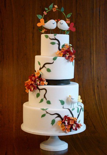 wedding cake Love Birds. Could change it up for a valentines Cake also ♥