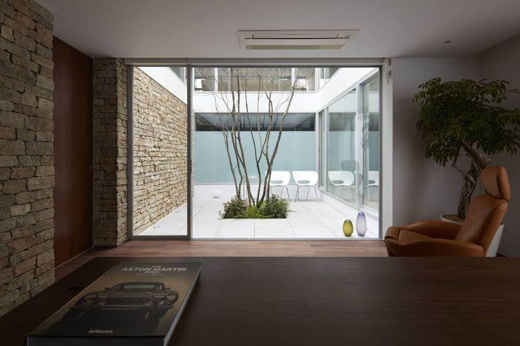 Mアーキテクツ|高級邸宅 豪邸 別荘 LUXURY HOUSES | M-architects の モダンな 勉強部屋&オフィス SAKURA SAKURA SAKURA HOUSE