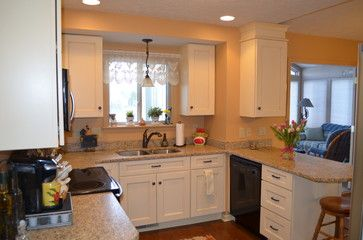 Best 25+ Pale yellow kitchens ideas on Pinterest | Yellow ...
