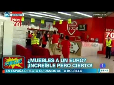 El 1 de julio de 2014, coincidiendo con el inicio de las rebajas, celebramos nuestra última gran venta de muebles a 1 Euro en una de las tiendas de Muebles BOOM de Madrid, donde los centenares de artículos que pusimos a la venta se agotaron en menos de dos horas.